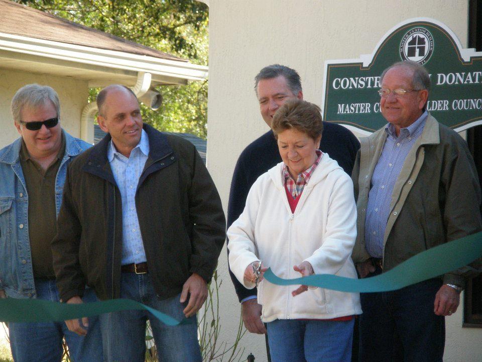 ribbon cutting for Devereux Florida
